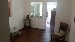 Excelente oficina en Pta Baja a mts de Est San Isidro