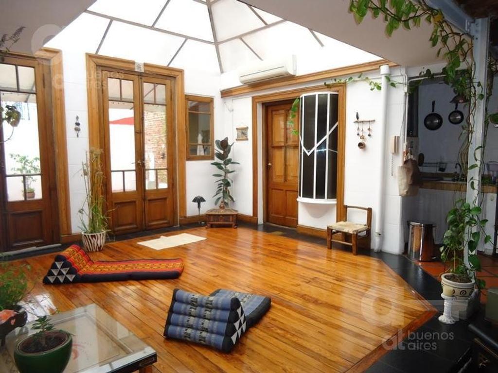 San Telmo, Departamento Duplex con Terraza y Patio, Alquiler Temporario Sin Garantía!
