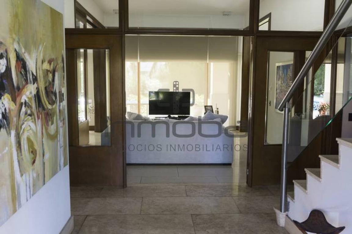 Inmoba - La Lomada, Casa en Venta