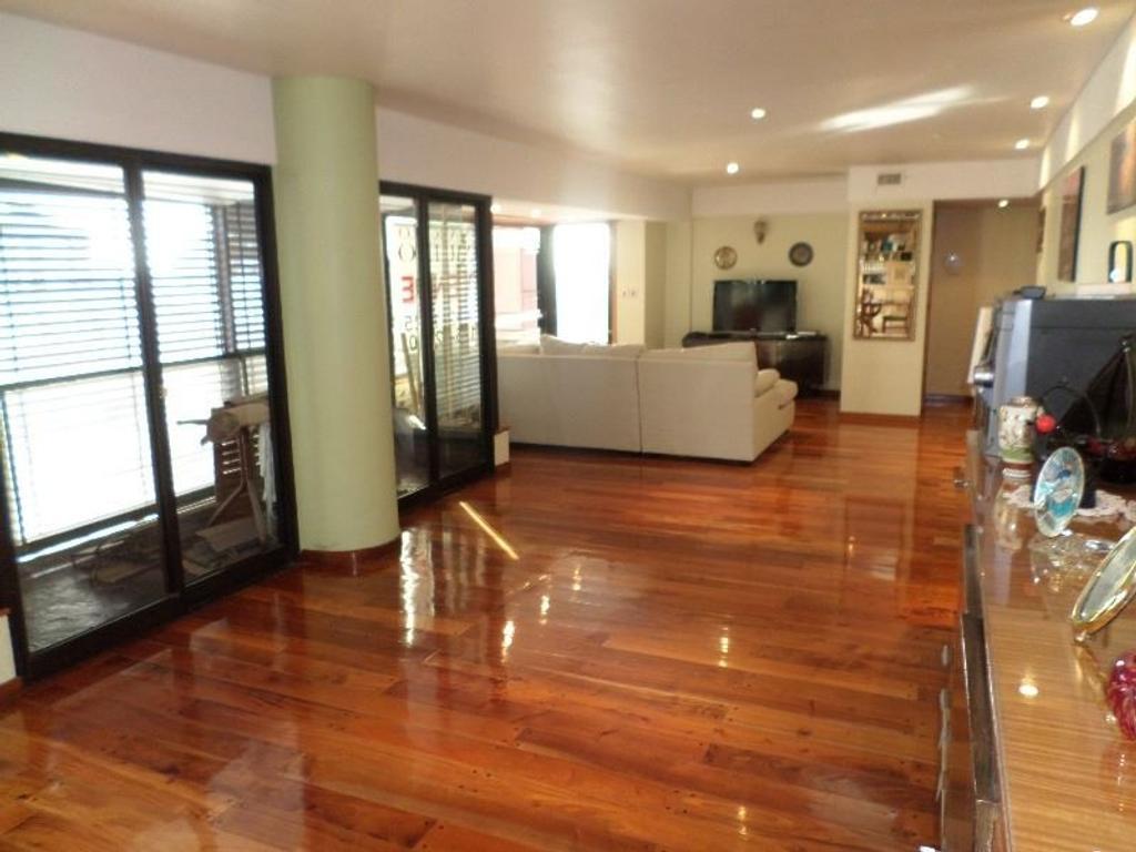 Piso en venta con vista panorámica| Zona Shopping Los Gallegos