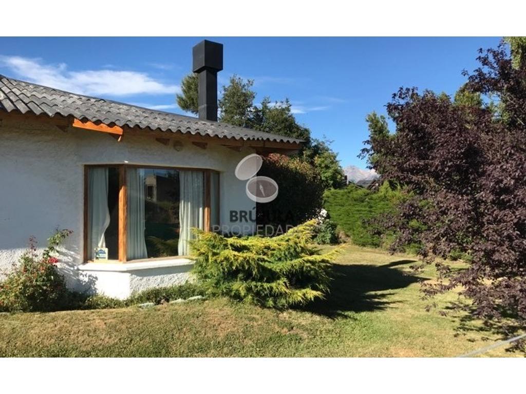 Casa en venta san carlos de bariloche buscainmueble for Jardin 52 bariloche