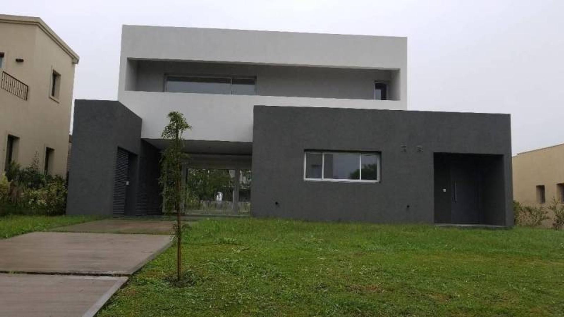 Casa en Venta en Pilar del Este - Santa Guadalupe