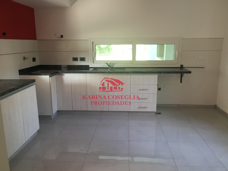Casa - 163 m²   3 dormitorios   A Estrenar