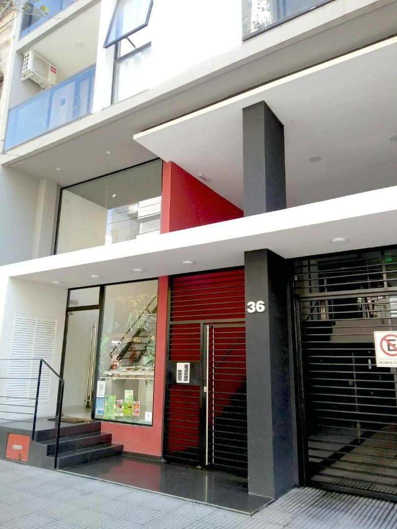 Departamento en Venta a Estrenar de 2 ó 3 Dormitorios de 97m2 propios c/balcón al frente.