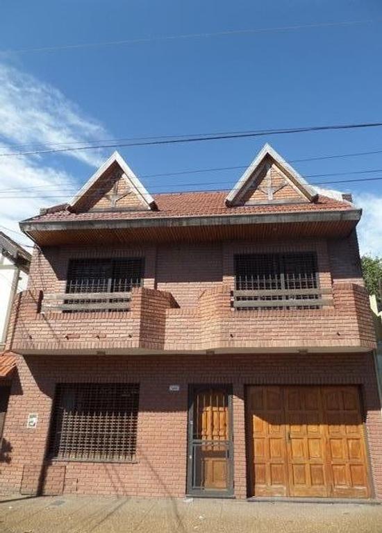 XINTEL(ROC-ROC-994) Casa - Venta - Argentina, General San Martín - Intendente Alvear 3252