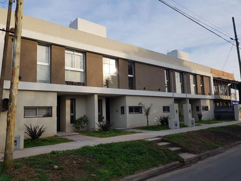 Departamento en Venta en Villa Elisa - 4 ambientes