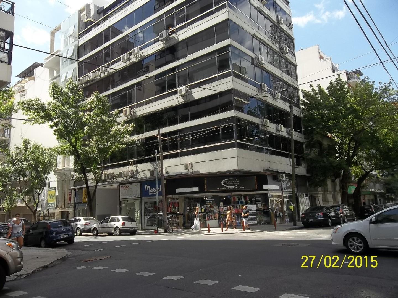 Arcos 2200 Oficina 110 m2/3 Despachos/Sala de Firmas/Sala de Trabajo/2 baños/Cocina/Vig/cochera