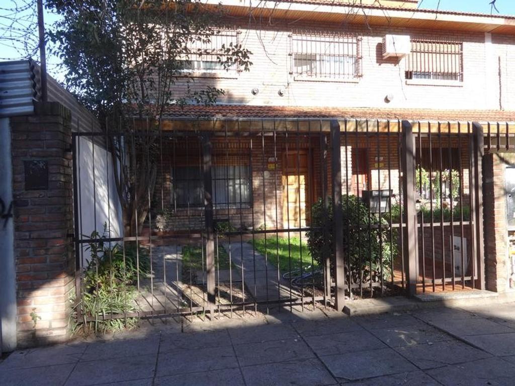 Casa en alquiler en francia al 3200 florida belgrano oeste argenprop - Casas de alquiler en francia ...