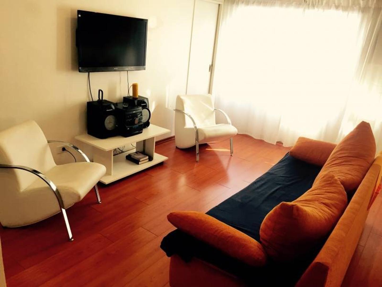 Departamento dos ambientes en venta, Av Callao 1300, Recoleta.