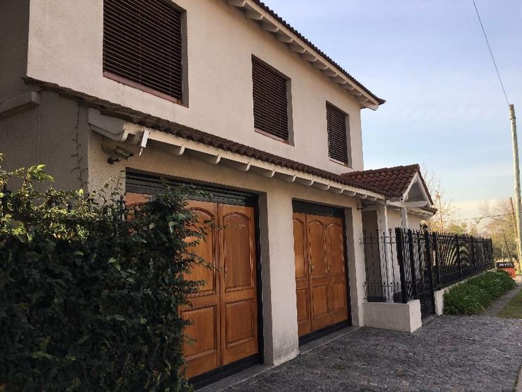 Importante propiedad en Ciudad Evita en inmejorable ubicación.