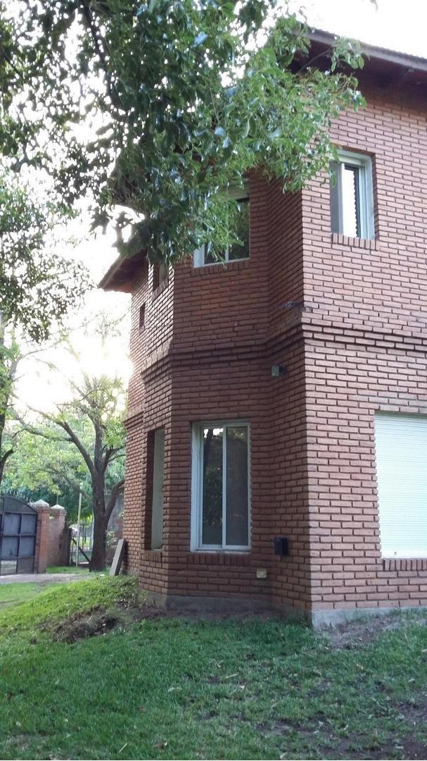 Venta casa en Funes de 3 dormitorios - Excelente estado
