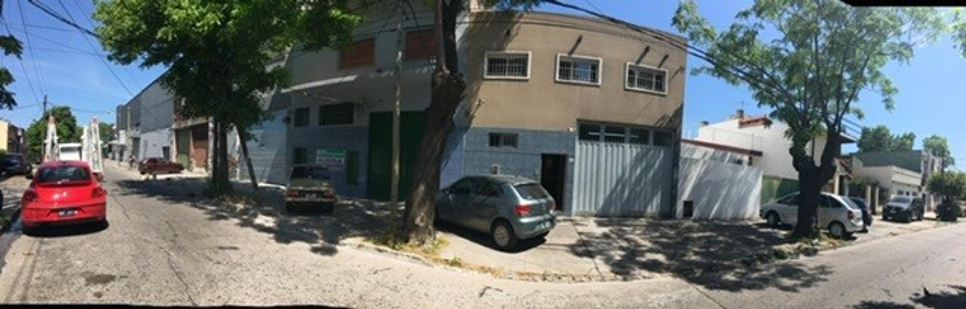 Alquiler, galpon en zona industrial/comercial, San Martin, Gral Paz, Capital Federal