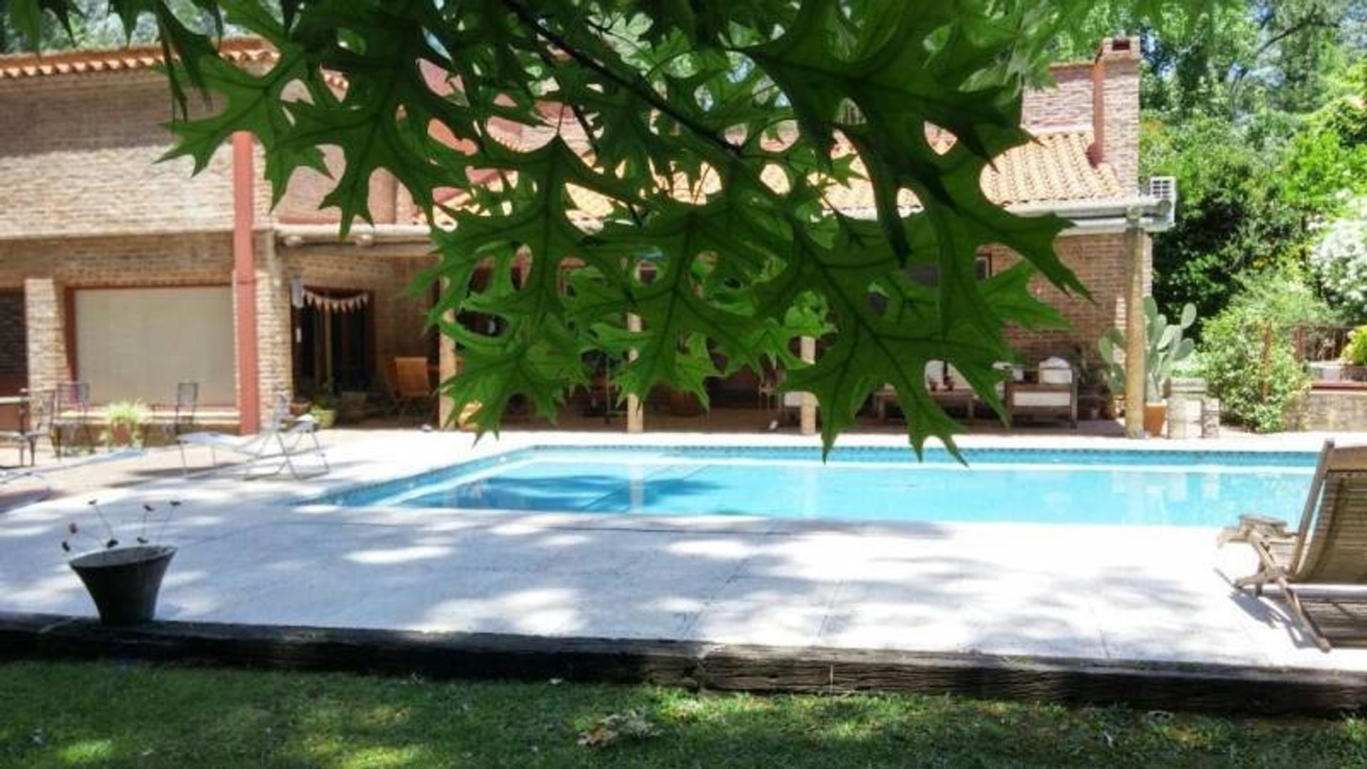 Alquiler de Casa en Higland Park - Pilar