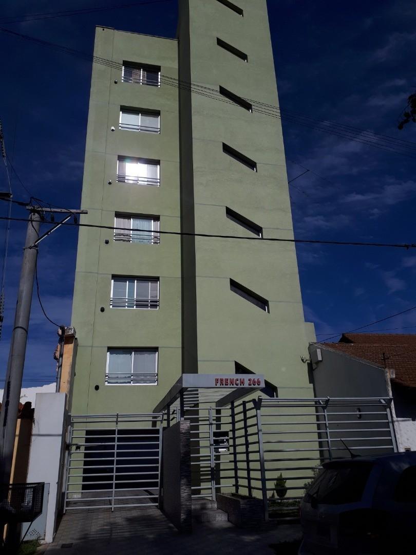 Departamento en Venta en Centro (Campana) - 3 ambientes