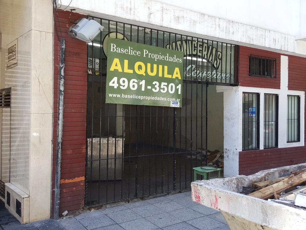 GRAN LONG VIDRIERA A Metros Av Pueyrredón Apto todo destino