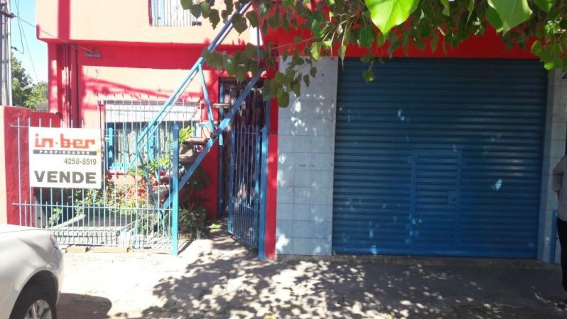 Casa - Venta - Argentina, Berazategui - calle Av. Vergara 2525