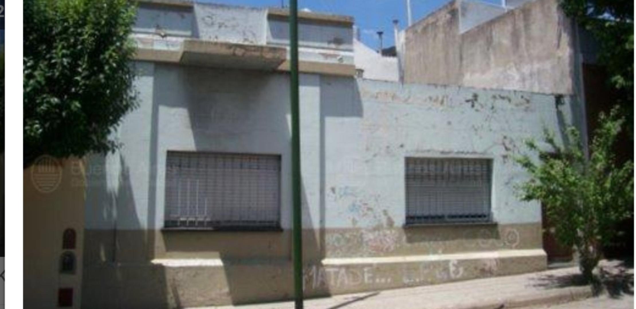 Casa en Venta en Mataderos - 4 ambientes
