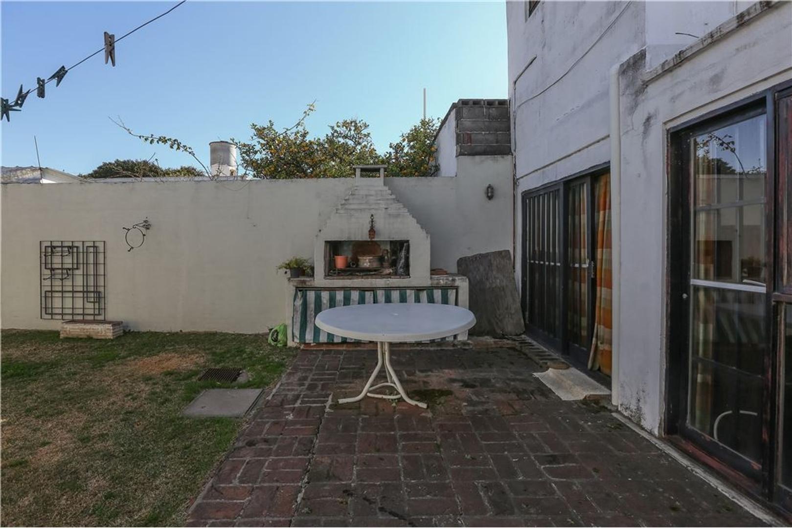 Casa en Los Naranjos con 4 habitaciones