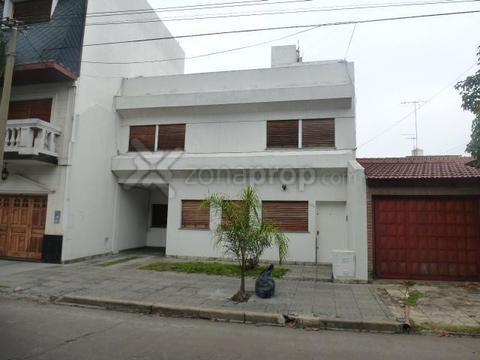 Casa - Venta - Argentina, Ramos Mejía - Espora  AL 700
