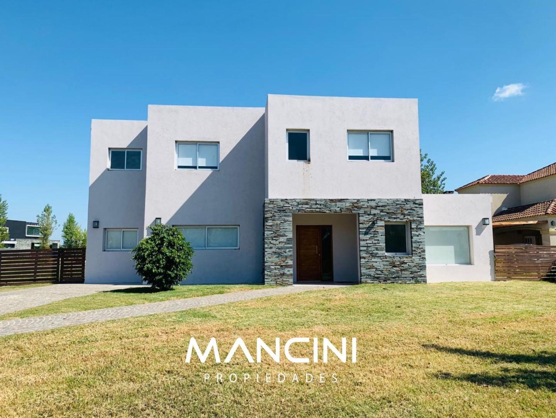 Casa en Venta en San Benito - 4 ambientes