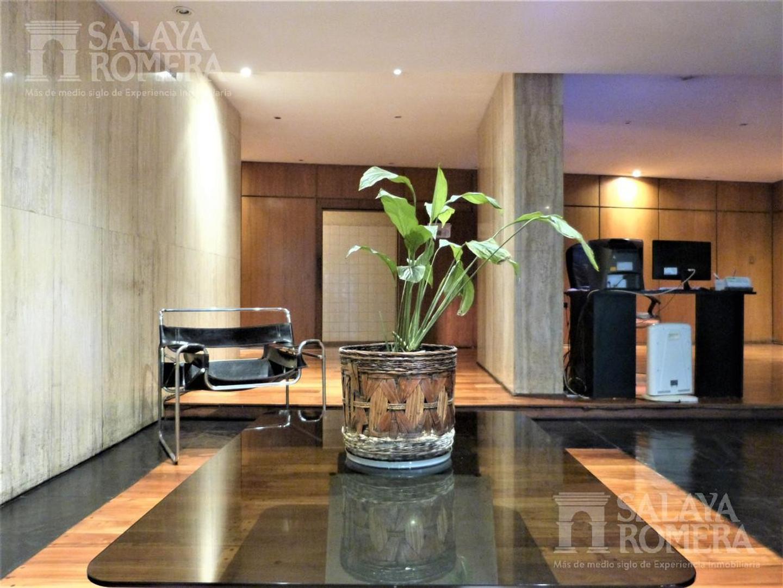 Departamento - 350 m²   4 dormitorios   40 años