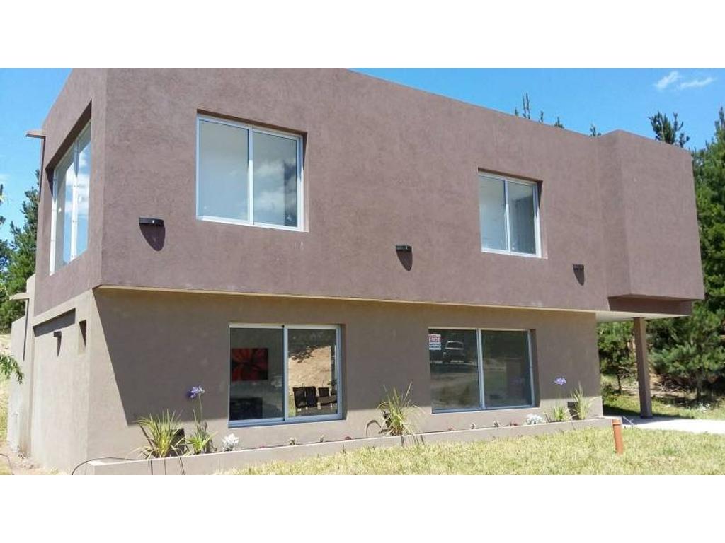 Venta de la casa 165 del barrio Senderos 1 en Costa Esmeralda
