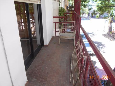 CONGRESO 3 amb. amplios, patio, terraza, balcón, planta alta, s/exp. 4381-0381 CREAR