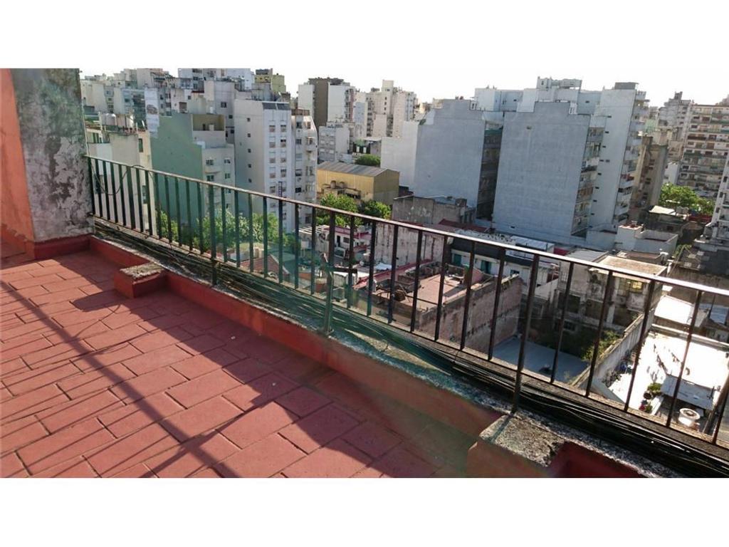 Venta - Departamento 2 Amb. con Balcón Francés