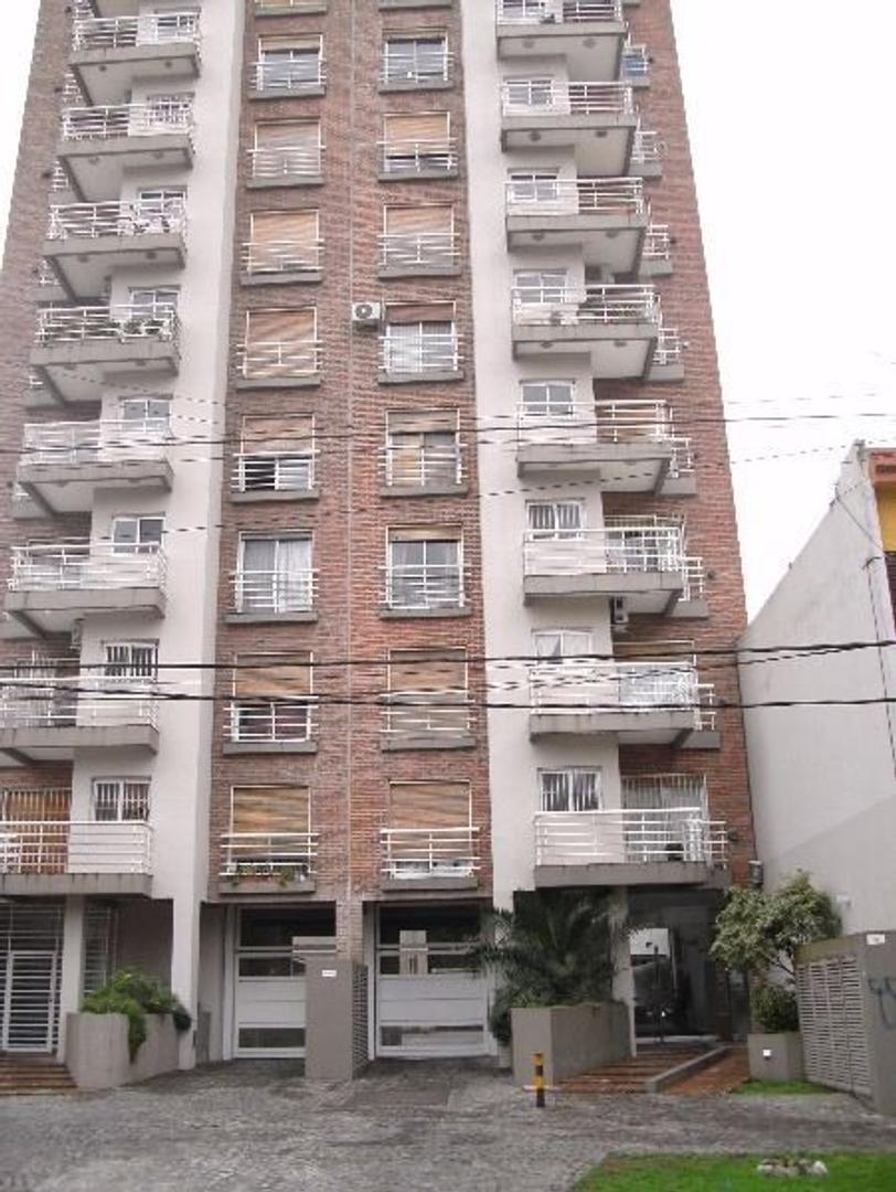 Departamento de 2 ambientes en Quilmes Centro