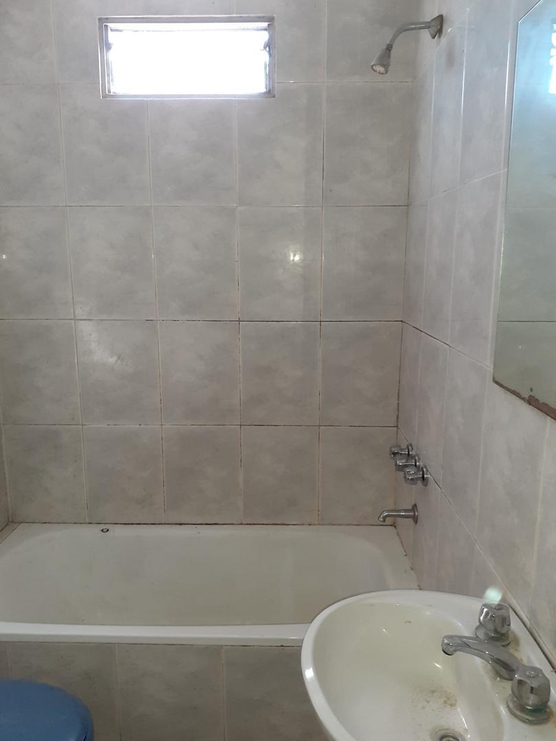 Casa - 2 dormitorios | 10 años | 2 baños