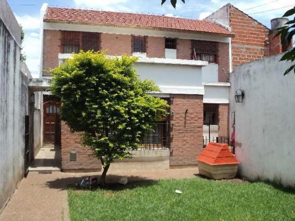Casa en Venta de 5 ambientes en Buenos Aires, Pdo. de Moron, Haedo, Haedo Norte