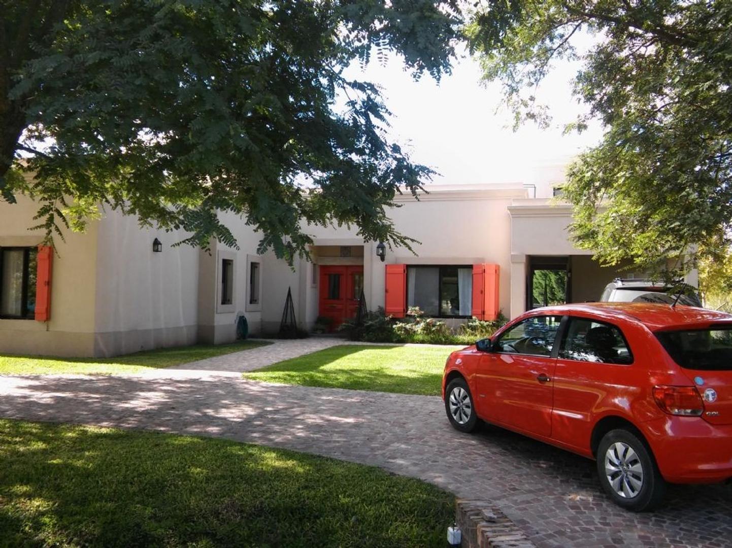 Casa en Venta  en El Nacional, General Rodriguez - OES0737_LP110096_1