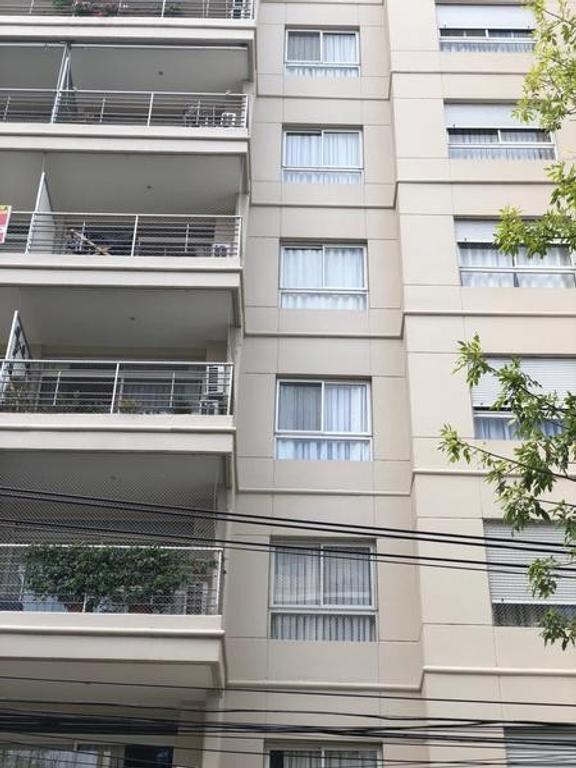 EXCELENTE DEPARTAMENTO 3 AMBIENTES A UNA CUADRA DE AV. MAIPU Y ESTACIÓN MITRE Y TERRAZA PROPIA