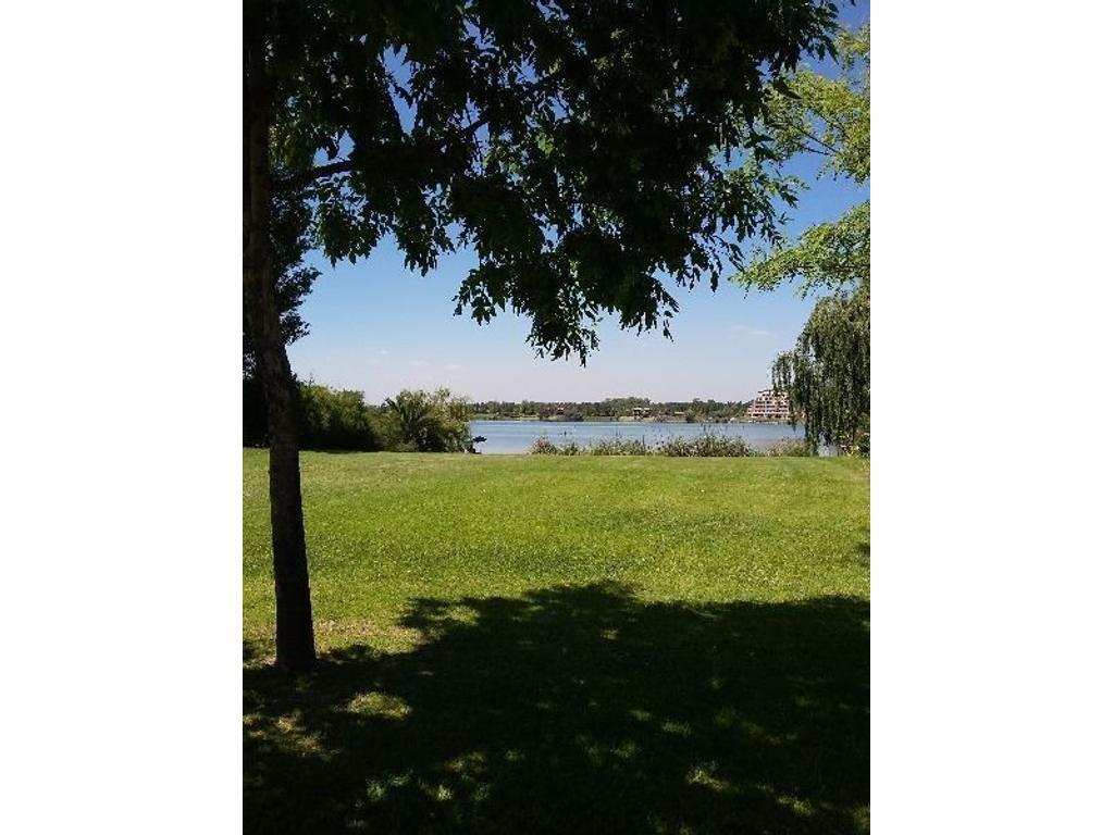 Lote a la laguna, Venta, Bº Santa Clara, Villanueva