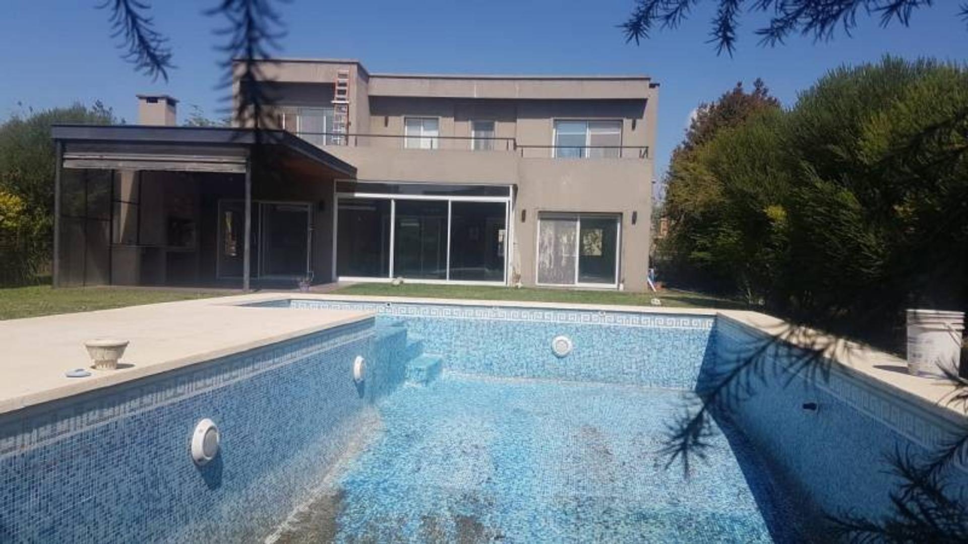 Casa en Alquiler en San Isidro Labrador