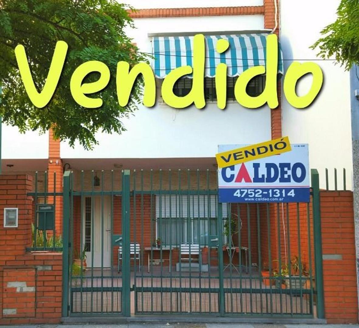 ***************  VENDIDO  ****************       IMPECABLE DUPLEX 4 AMB CON GARAJE