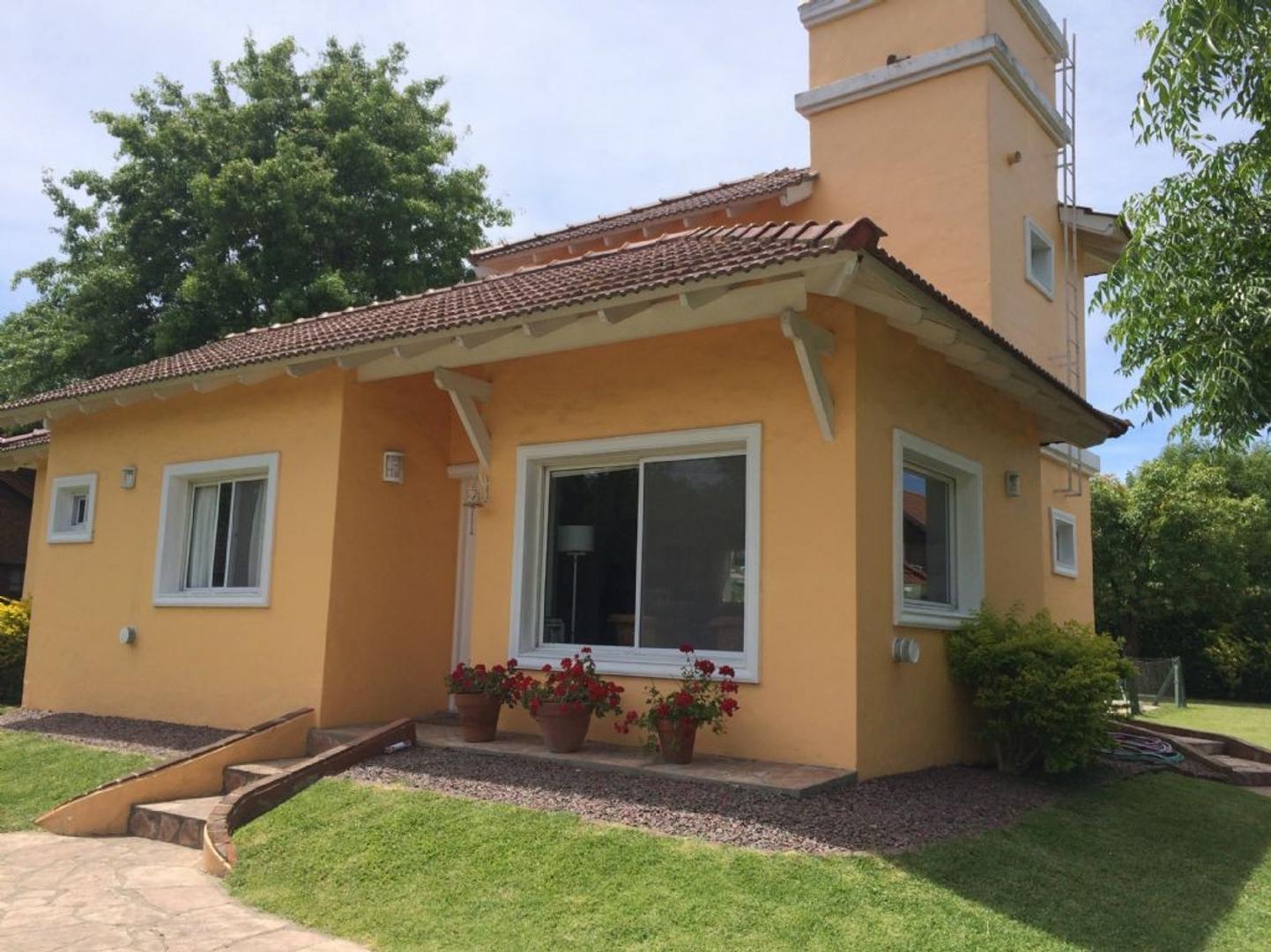 Casa  en Venta  C.C. Banco Provincia, Zona Oeste - OES0827_LP124088_1