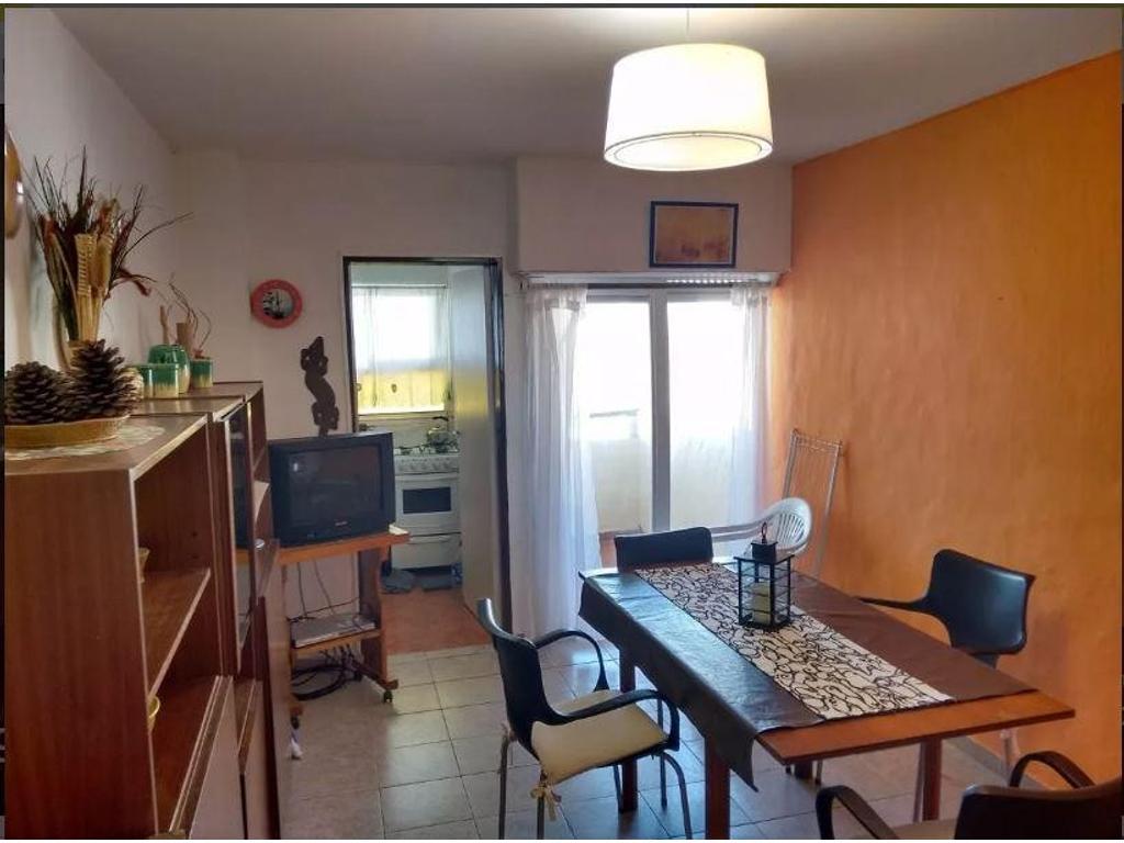 Departamento En Venta En 116 E 1 Y Avenida Costanera Villa  # Muebles Villa Gesell