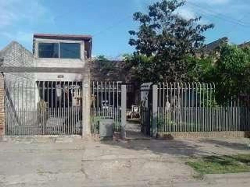 Casa en venta en parral 4088 villa constructora argenprop for Constructora casa