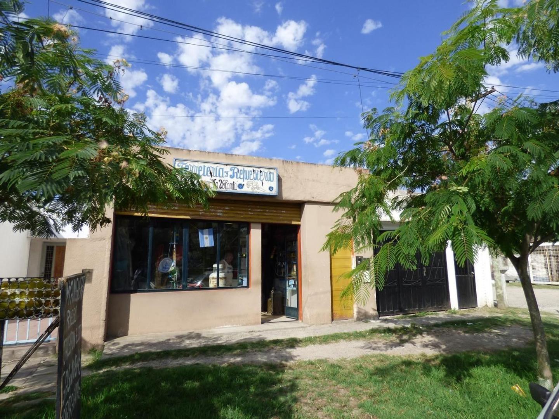 Local en Venta 137 E/ 69 y 70 Dacal Bienes Raices