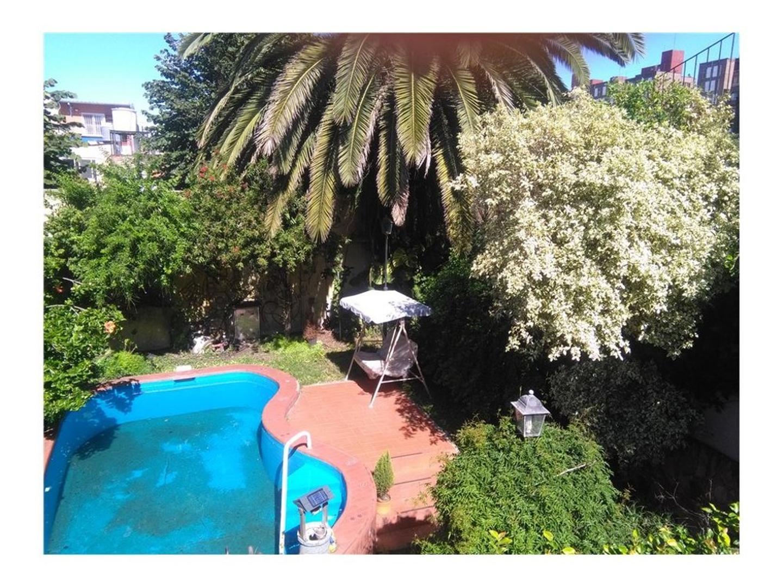 Dueño vende casa 5 dorm., garaje, jardín y pileta