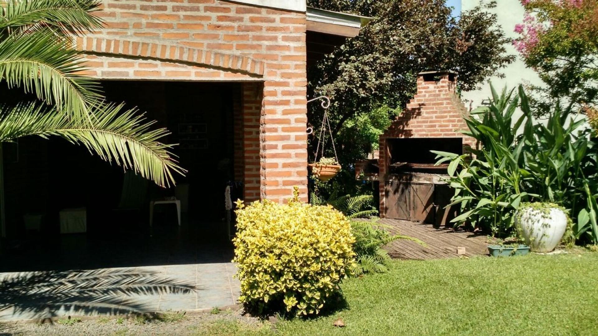 Casa - Venta - Argentina, Moreno - LA SANTA MARIA 2093