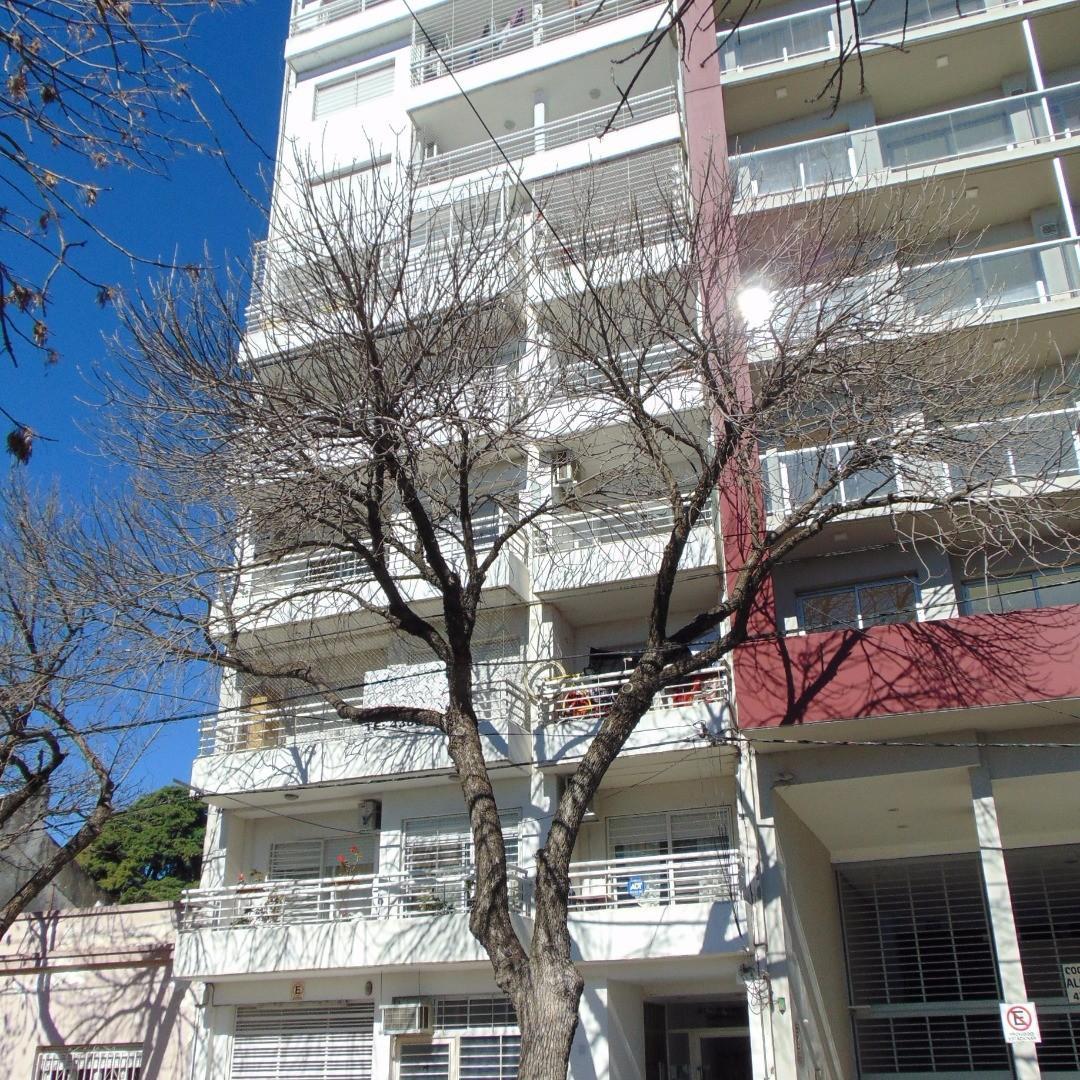 Gorriti y Avenida Alberdi - Departamento 2 dormitorios a la venta