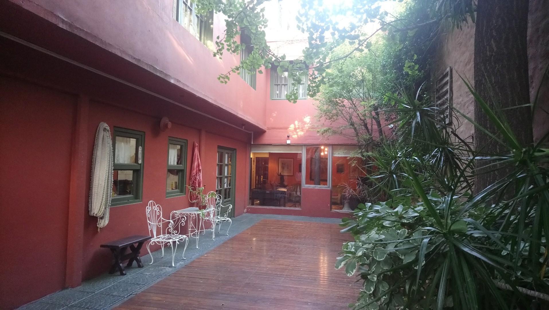 Casa 10 Ambientes.3 plantas.