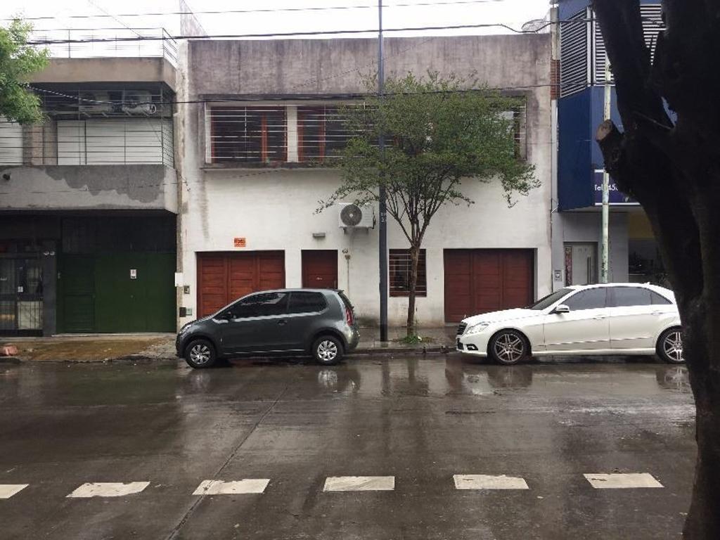 Casa de 5 ambientes en Villa Devoto
