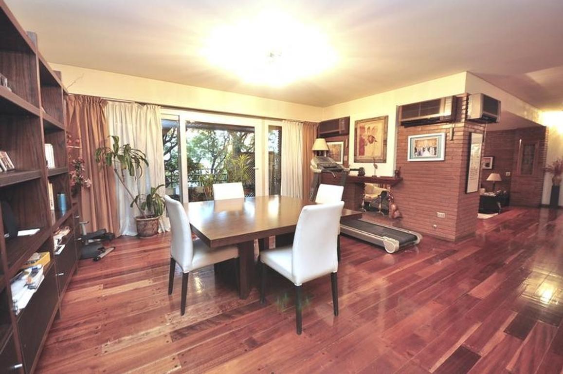 Venta Excelente Piso de 5 Ambientes con cocheras en Caballito