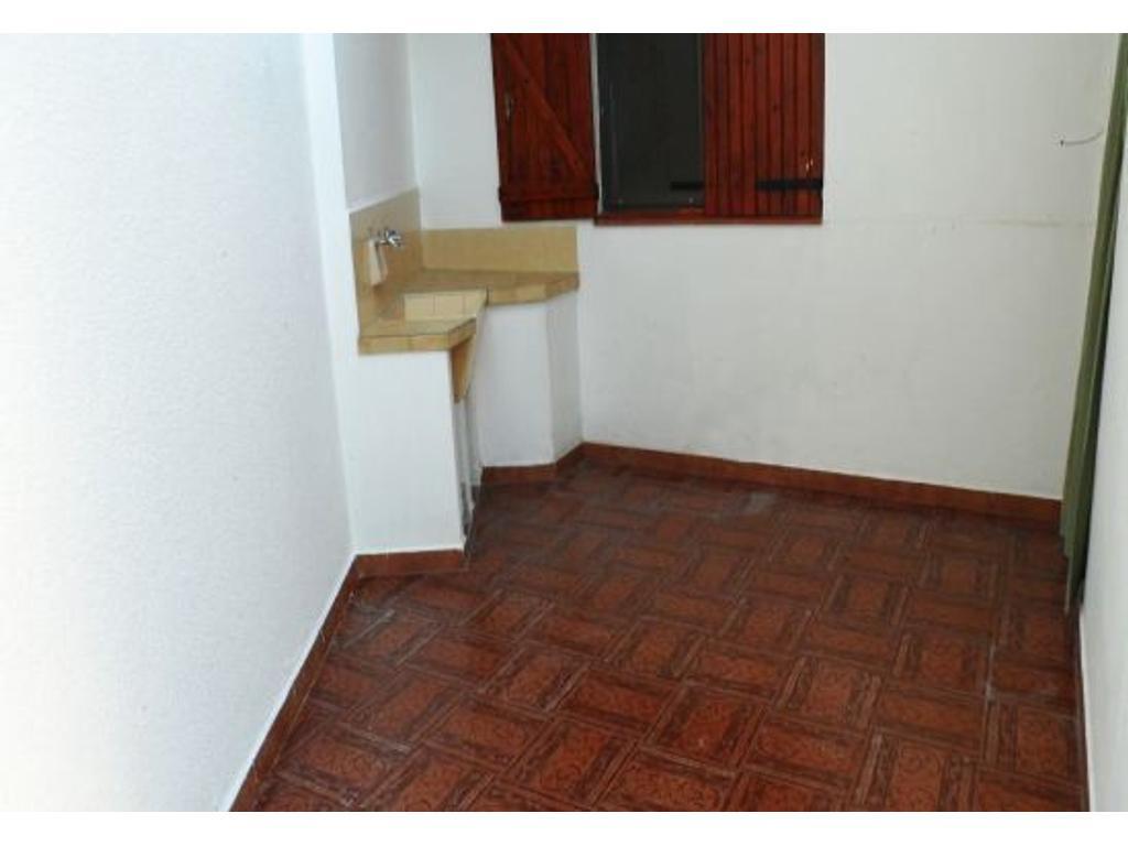 Santa Teresita chalet 3 amb cochera fondo 2 baños calle 44 al 300 oport hermoso u$s 80.000