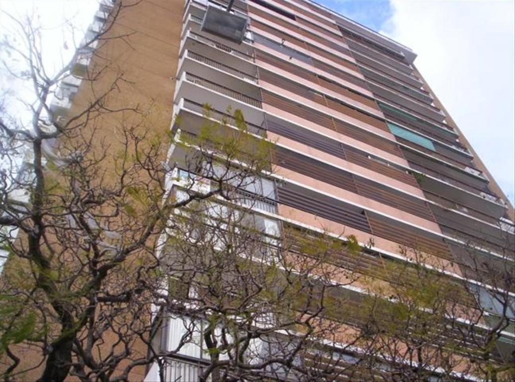 Departamento en Venta de 4 ambientes en Buenos Aires, Pdo. de Vicente Lopez, Vicente Lopez, Vicente Lopez Vias / Rio