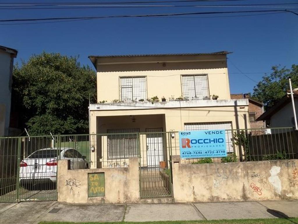Casa en venta en profesor simon 2138 villa ballester for Jardin belen villa ballester