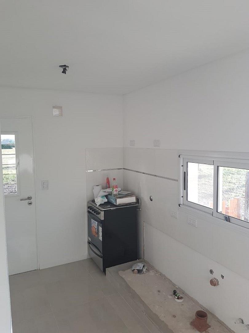 Excelente Casa a estrenar en Bº San Sebastian Area 1 s/lote 1050 mts., cubts. 135, semicubts. 40 mts - Foto 22